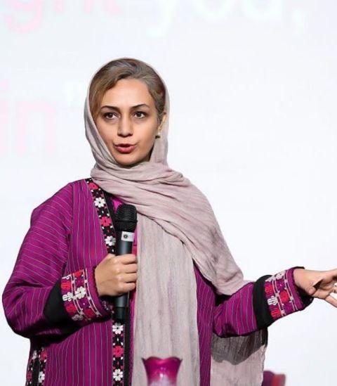 مصاحبه زنده رادیو گفتگو با سرکار خانم آرزو خسروی(مدیر فرش آنلاین)