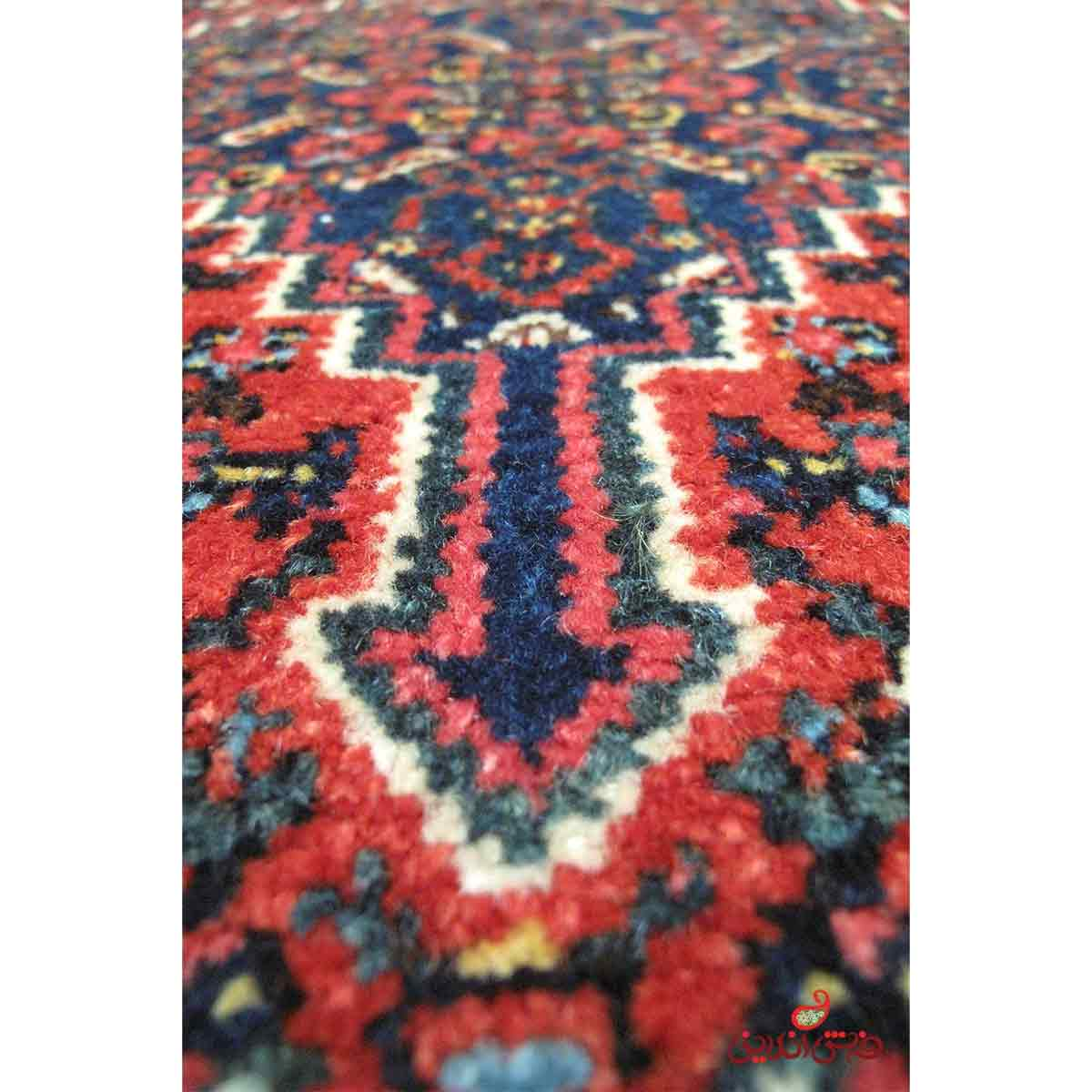 فرش دستباف سنندج  کرم لاکی کد 733