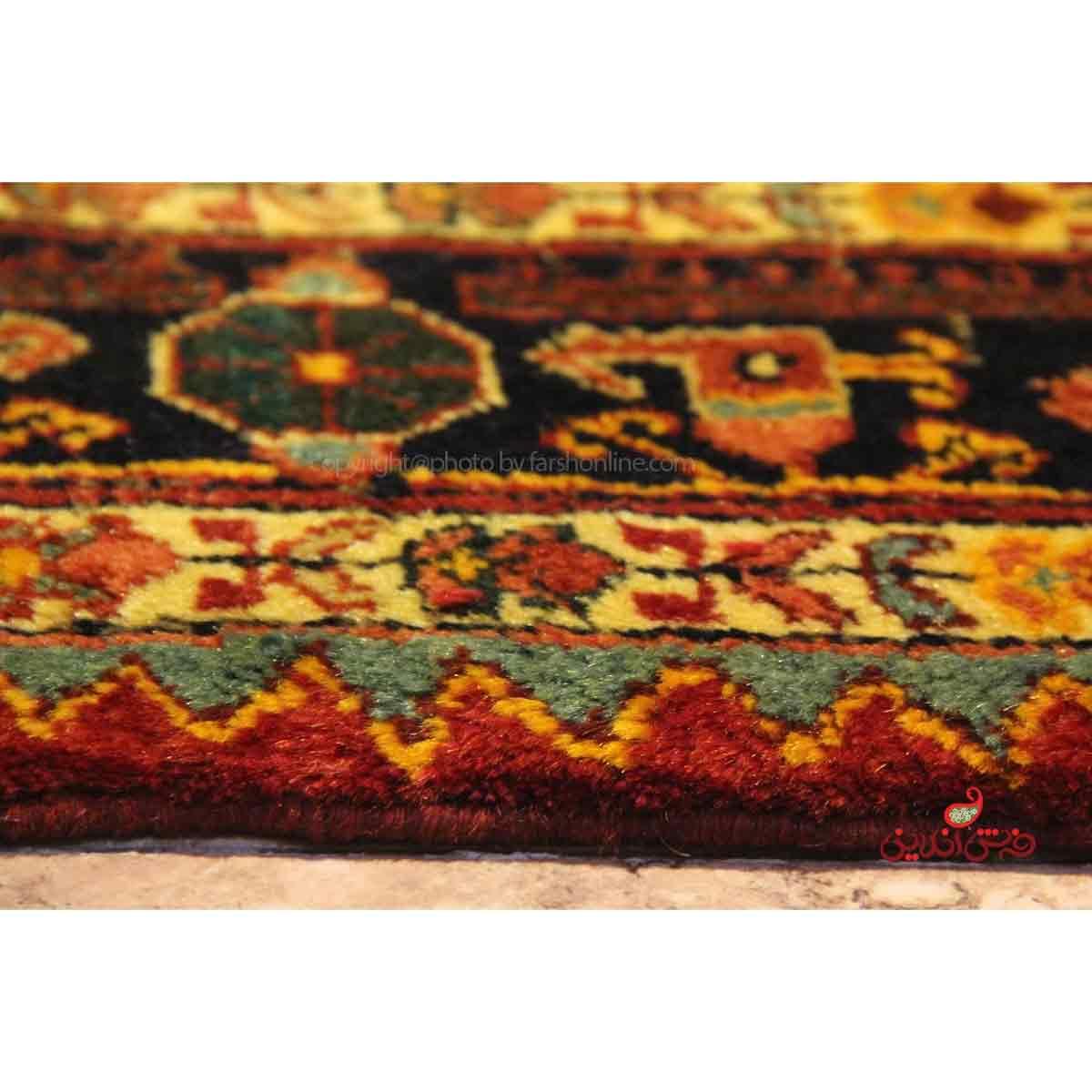 فرش دستباف تویسرکان لاکی کد 108199