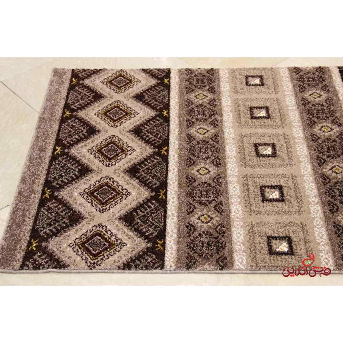 فرش ماشینی  ساوین طرح هامون شکلاتی