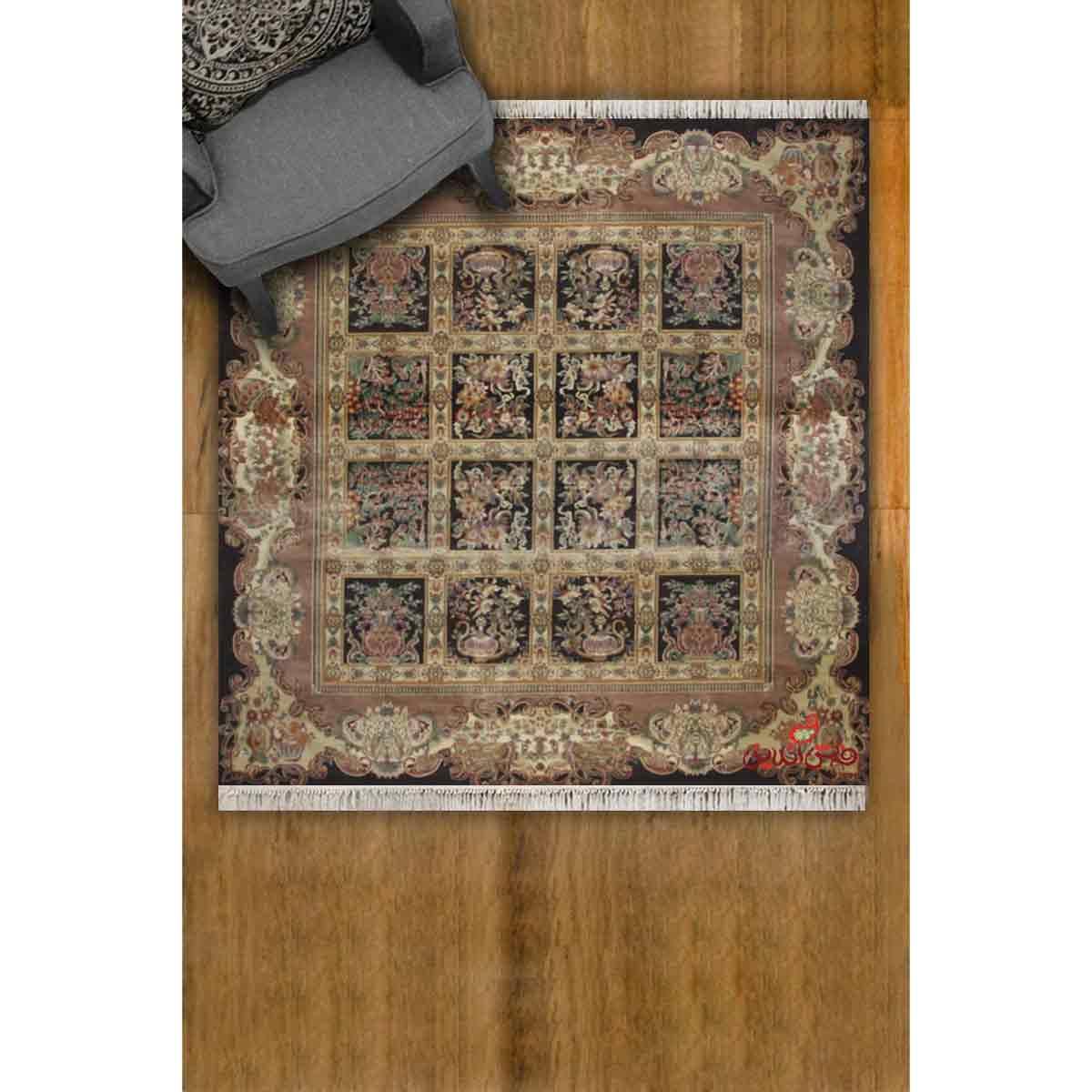 فرش مربع عرش طرح ماندگار قهوه ای