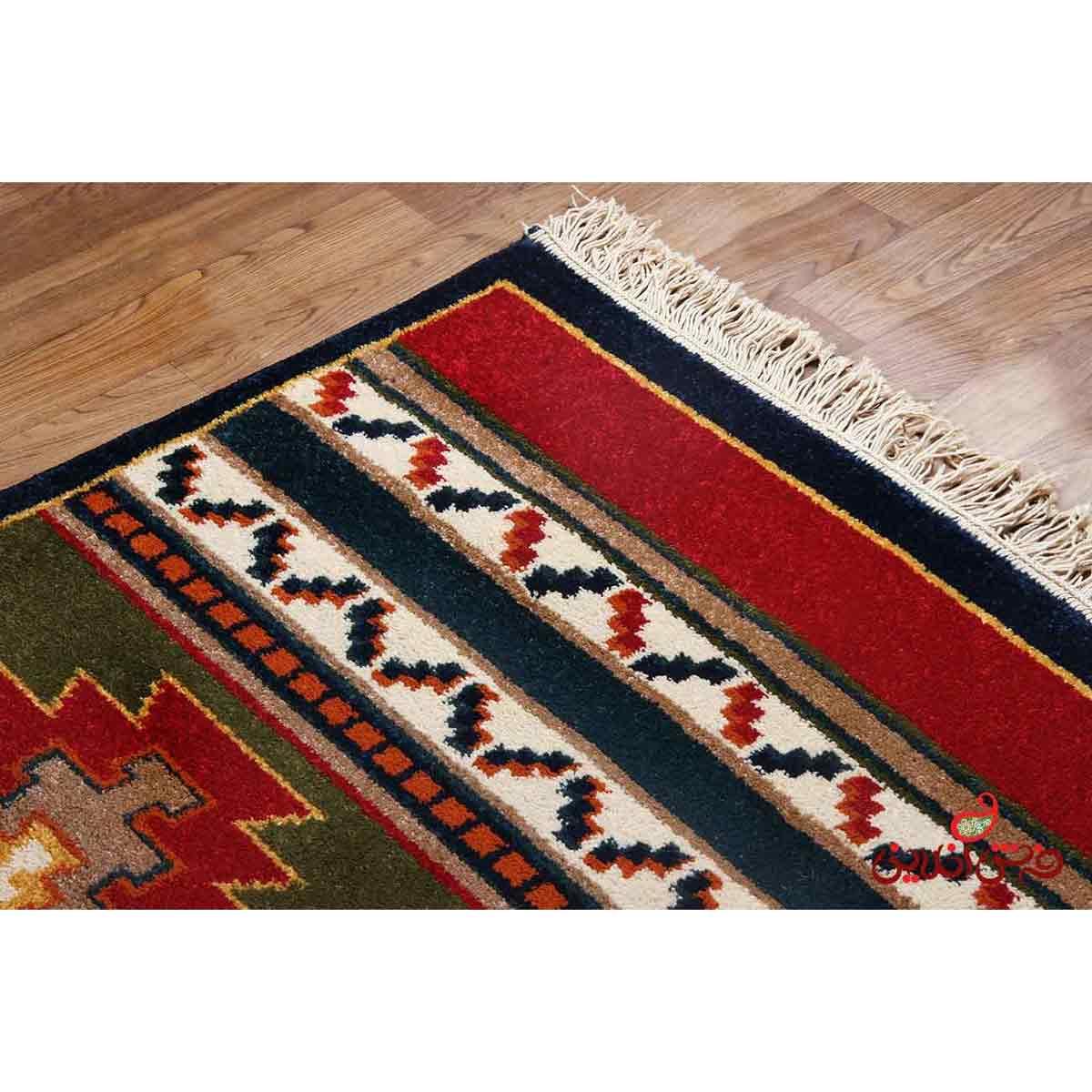 فرش ماشینی ساوین طرح نیایش سرمه ای