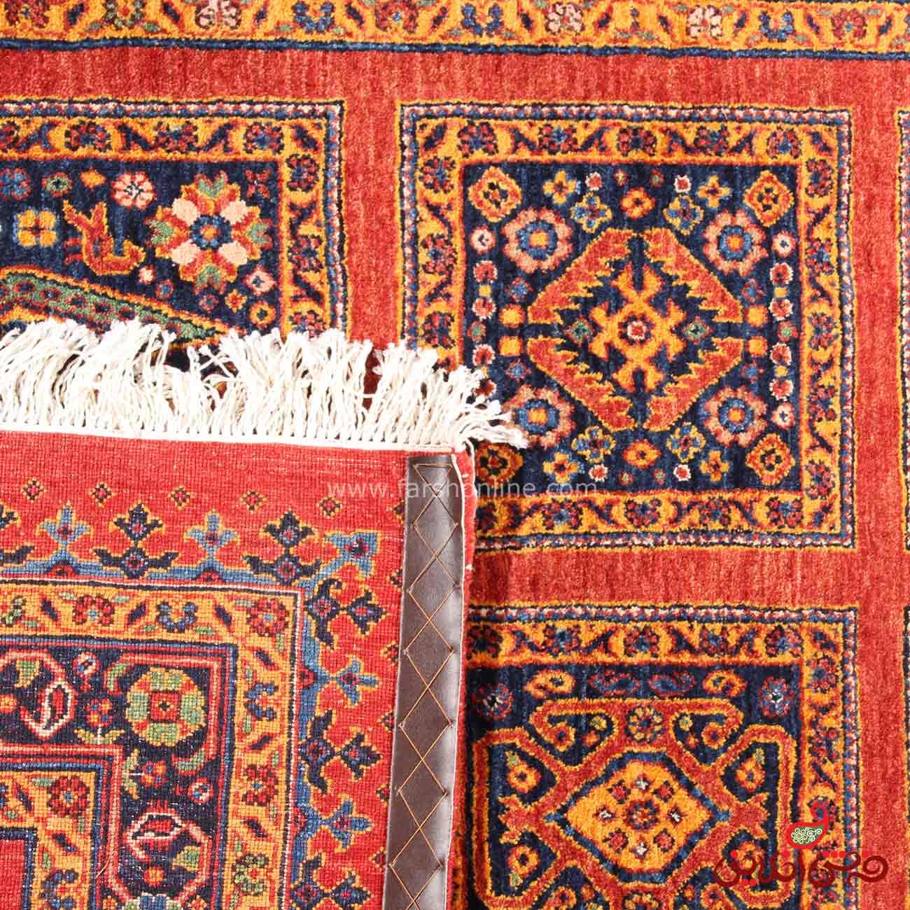 فرش دستباف عشایری طرح خشتی قرمز