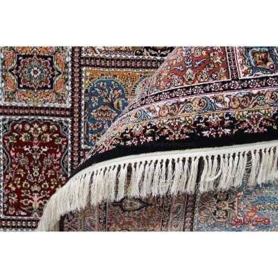 فرش ماشینی ممتاز طرح خشتی شکارگاه سرمه ای