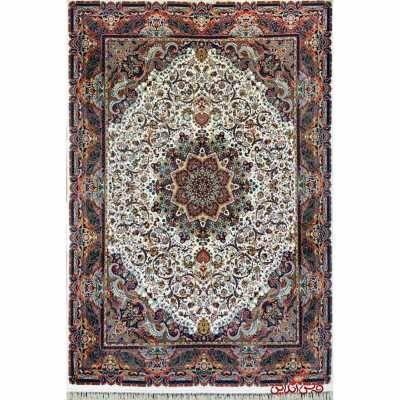 فرش  شاهکار صفویه طرح قره باغی کرم