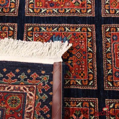 فرش دستباف عشایری طرح خشتی سرمه ای